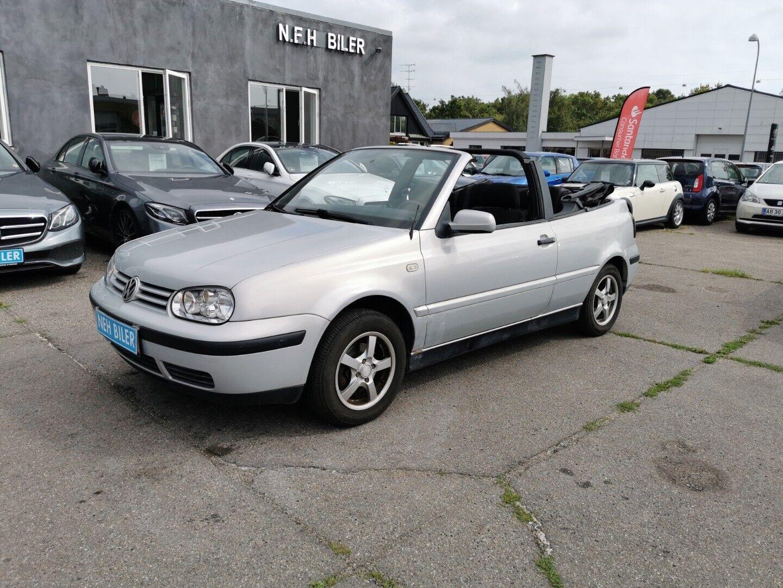 VW Golf IV 1,6 Trendline Cabriolet 2d