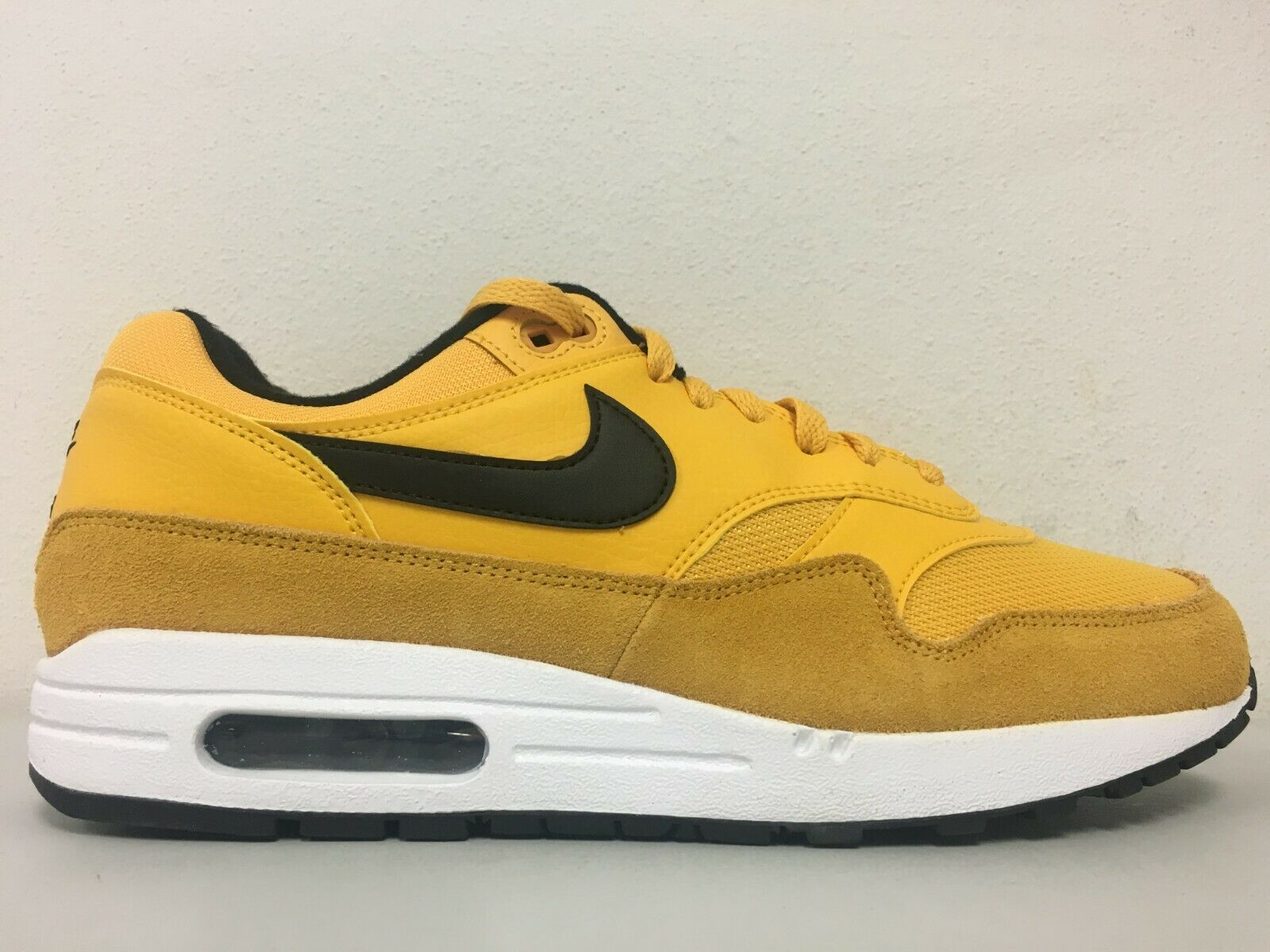 best sneakers 53531 2275a Nike Air Max 1 Premium University Gold White Black BV1254-700 Size 10.5    eBay
