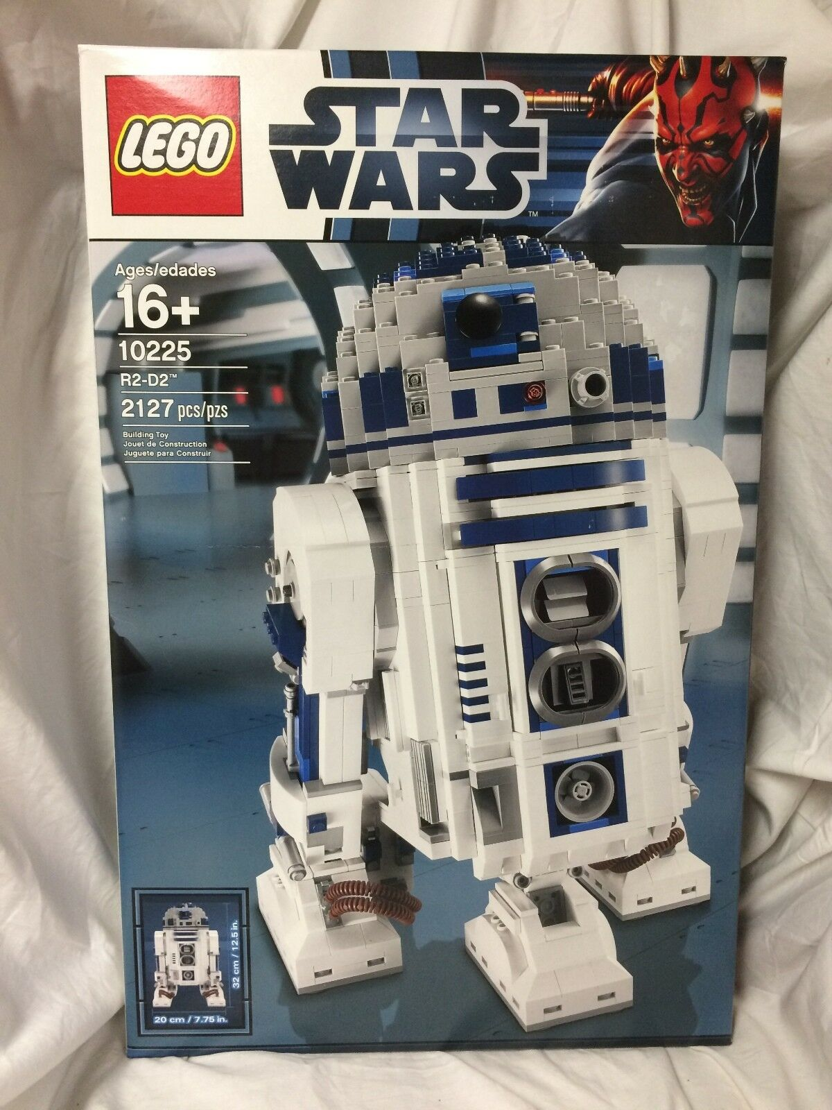 Lego Star Star Star Wars 10225 R2D2 BRAND NEW Sealed PERFECT BOX Retired set d658bc
