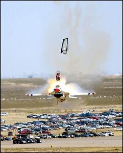 USAF-Thunderbirds-F-16-Fighting-Falcon-Mountain-Home-AFB-2003-8x10-Photo