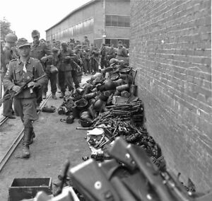 WWII-Photo-German-Soldiers-Surrendering-Rifles-WW2-B-amp-W-World-War-Two-2205
