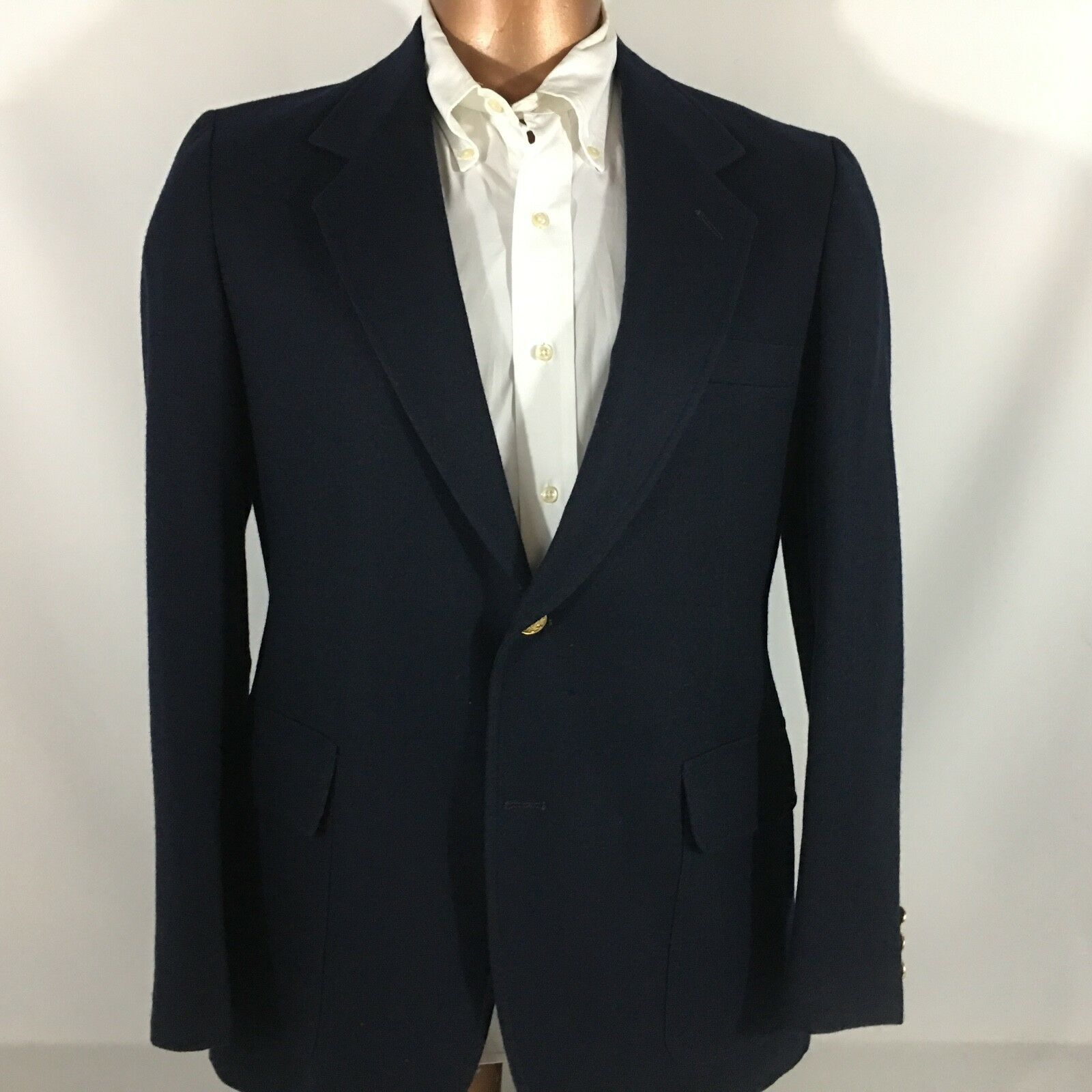 Pendleton 100% Wool Navy Single Vented Fully Lined Sport Coat Brass Button 40R