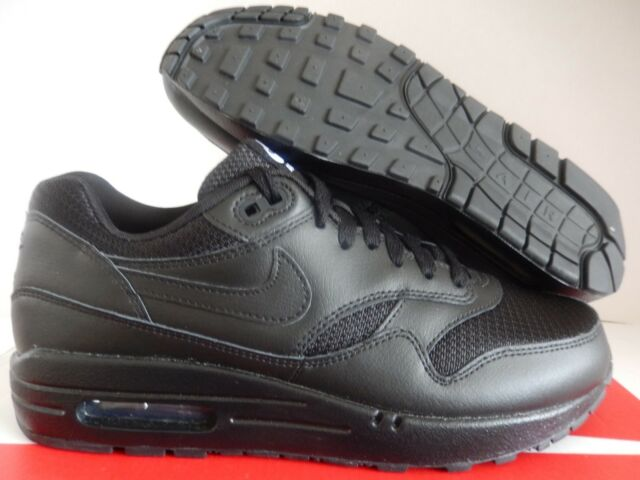 NIKE AIR MAX 1 ID TRIPLE BLACK SZ 8 MESH TOE! [943756-995