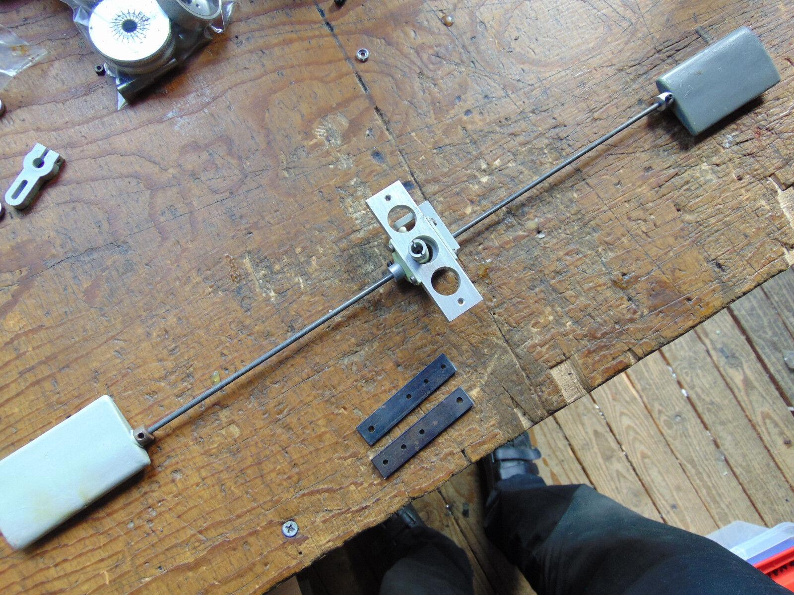 MICROMOLD LARK testa del rotore principale assieme C/W Lama GRIPS Flybar Seesaw ecc. inutilizzato
