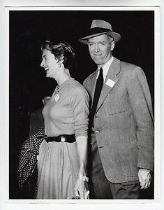 James-Stewart-Privatfoto-mit-seiner-Frau-50er-Jahre