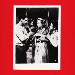 Kinofoto-Szenenbild-4-Allianz-Film-GmbH-034-Entfesselte-Jugend-034-1956-13cm-x-18cm