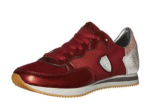 Skechers Originals Women's Retros OG 98 Classy Kicks Fashion Sneaker 8 us m wine