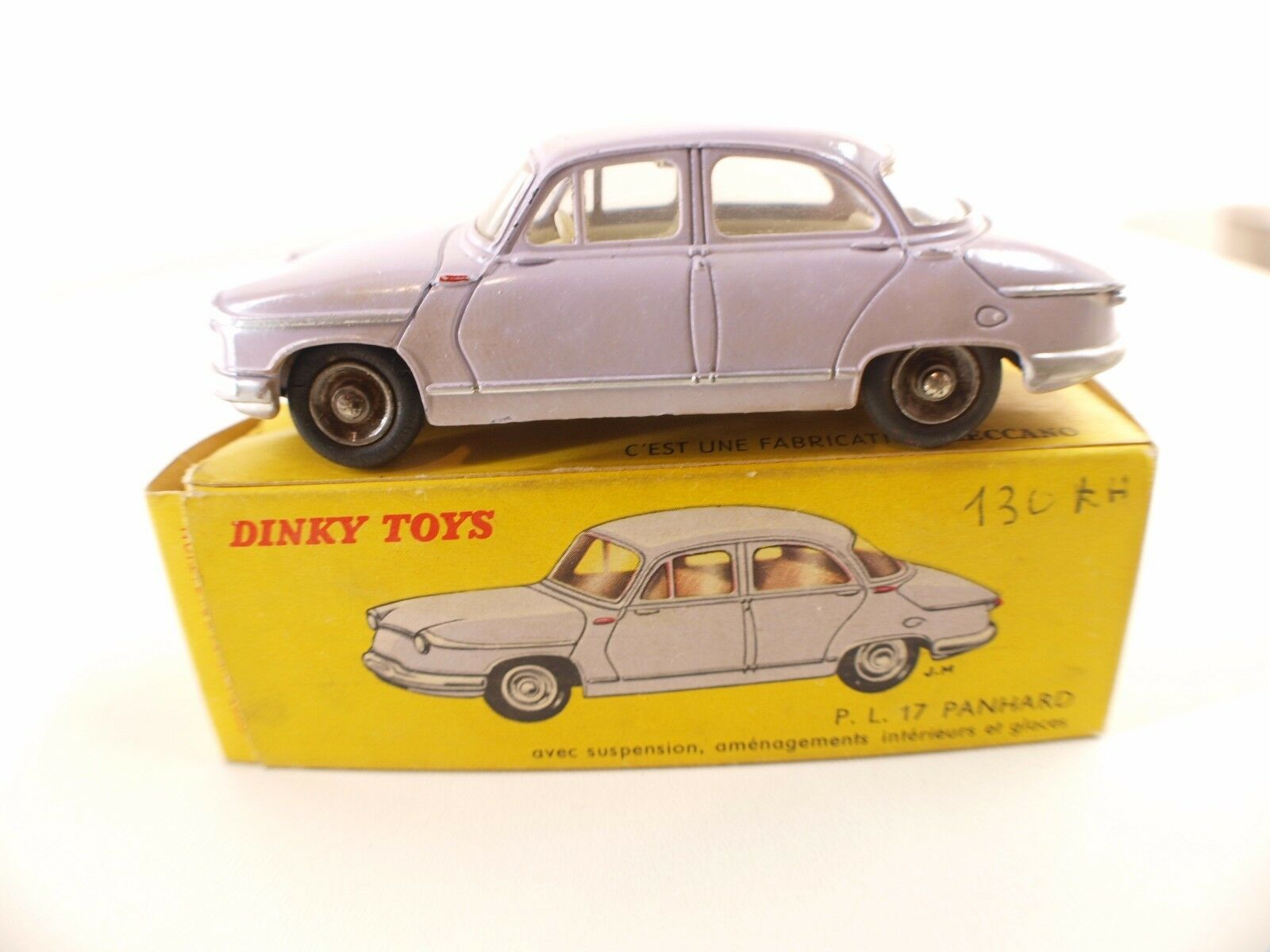 Dinky Spielzeug F  547 Panhard Pl 17 Version mit Türkabelbaum Rechts 2 Arten Door