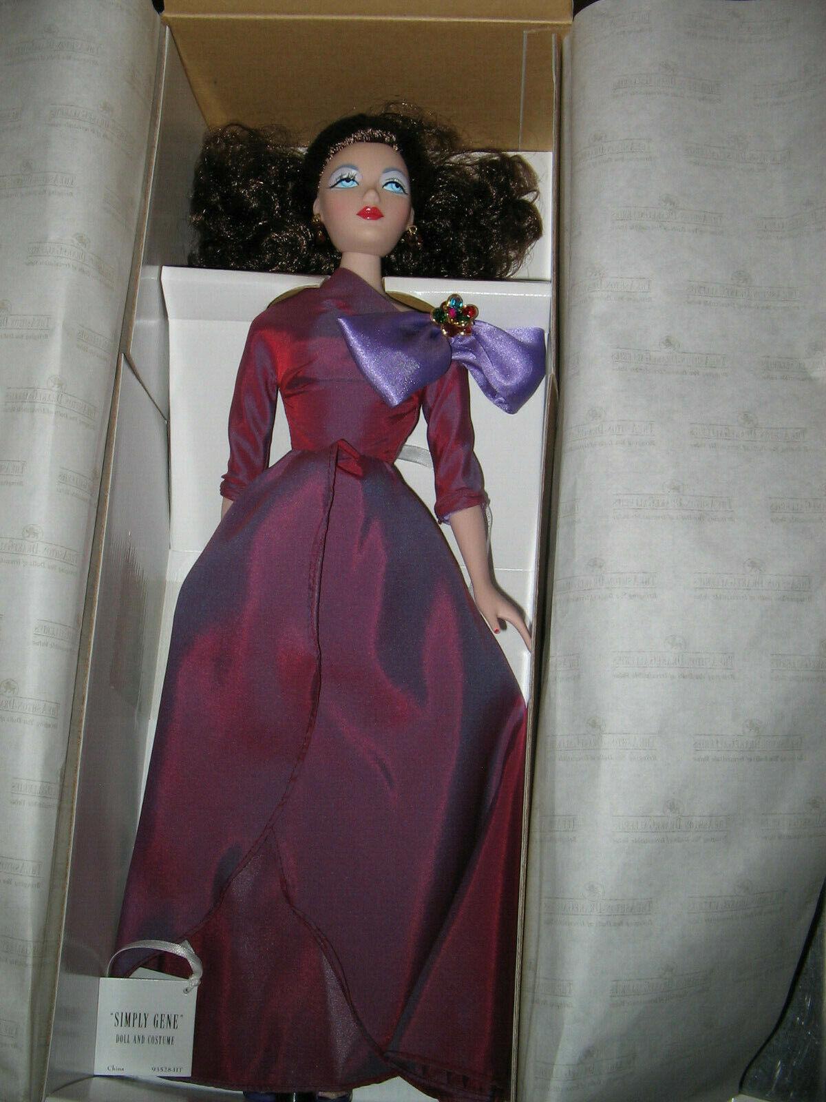 Gene muñeca Ashton Drake simplemente Gen, vestido en casa para las vacaciones. nunca quitado de la Caja Firmado