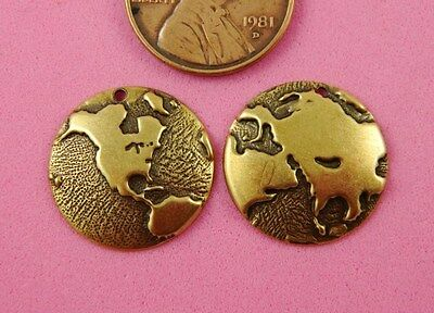 ANT BRASS SMALL HALF GLOBES-N AMER/EUROPE-2 PC(s)