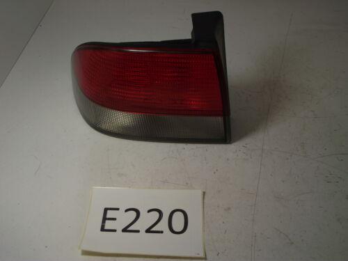 SAAB 9-3 SINISTRO Tail Luce 1998-2003 4831129 E220