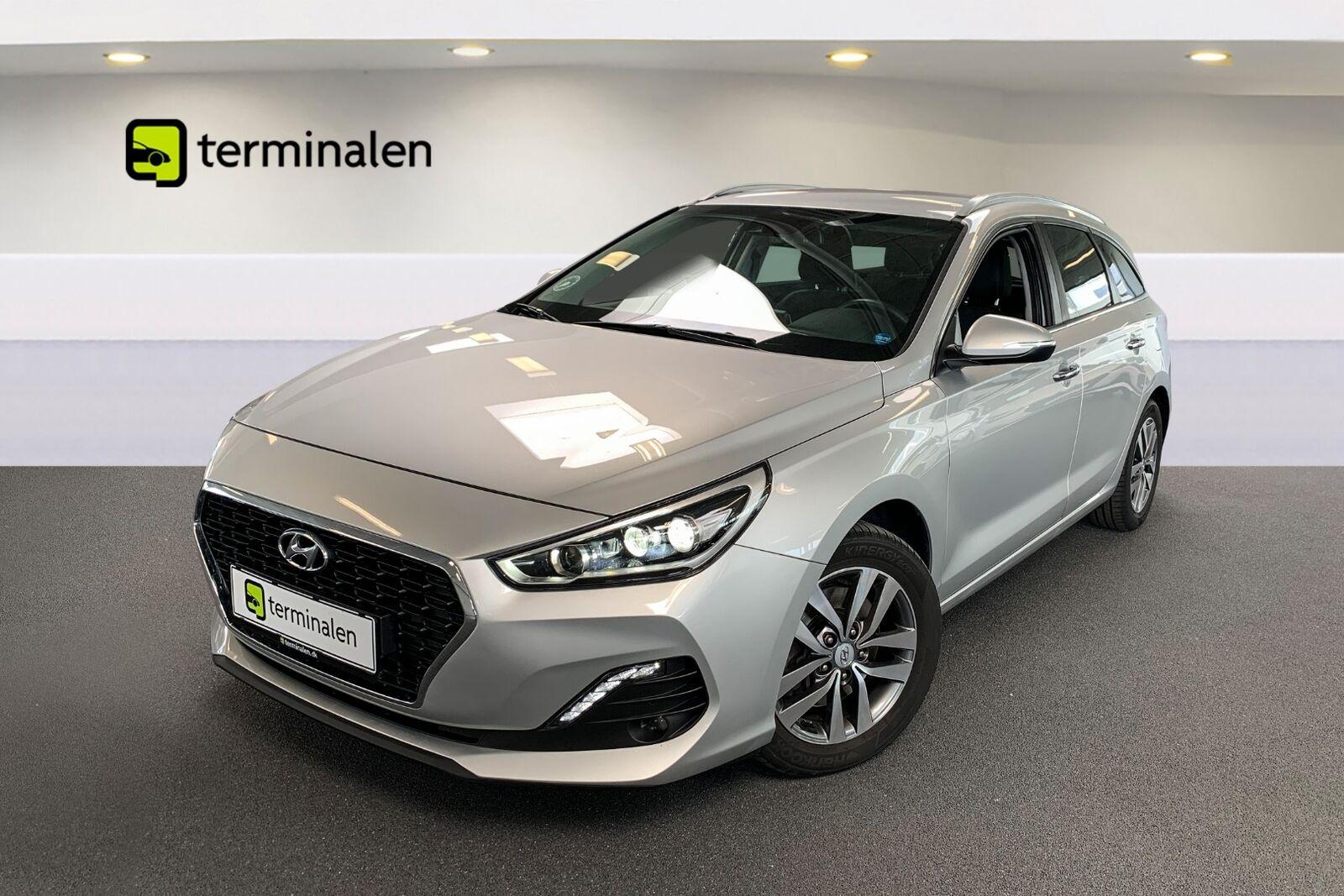 Hyundai i30 1,6 CRDi 136 Premium stc. DCT 5d - 269.900 kr.