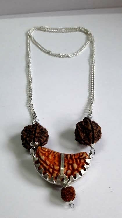 Handmade Silver Chain Pandent With Seven And Eight Mukhi Rudraksh