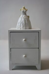 Schmuckkasten-16x8-cm-Schmuckkaestchen-Schmuck-Aufbewahrung-Braut-Romantik-Torso