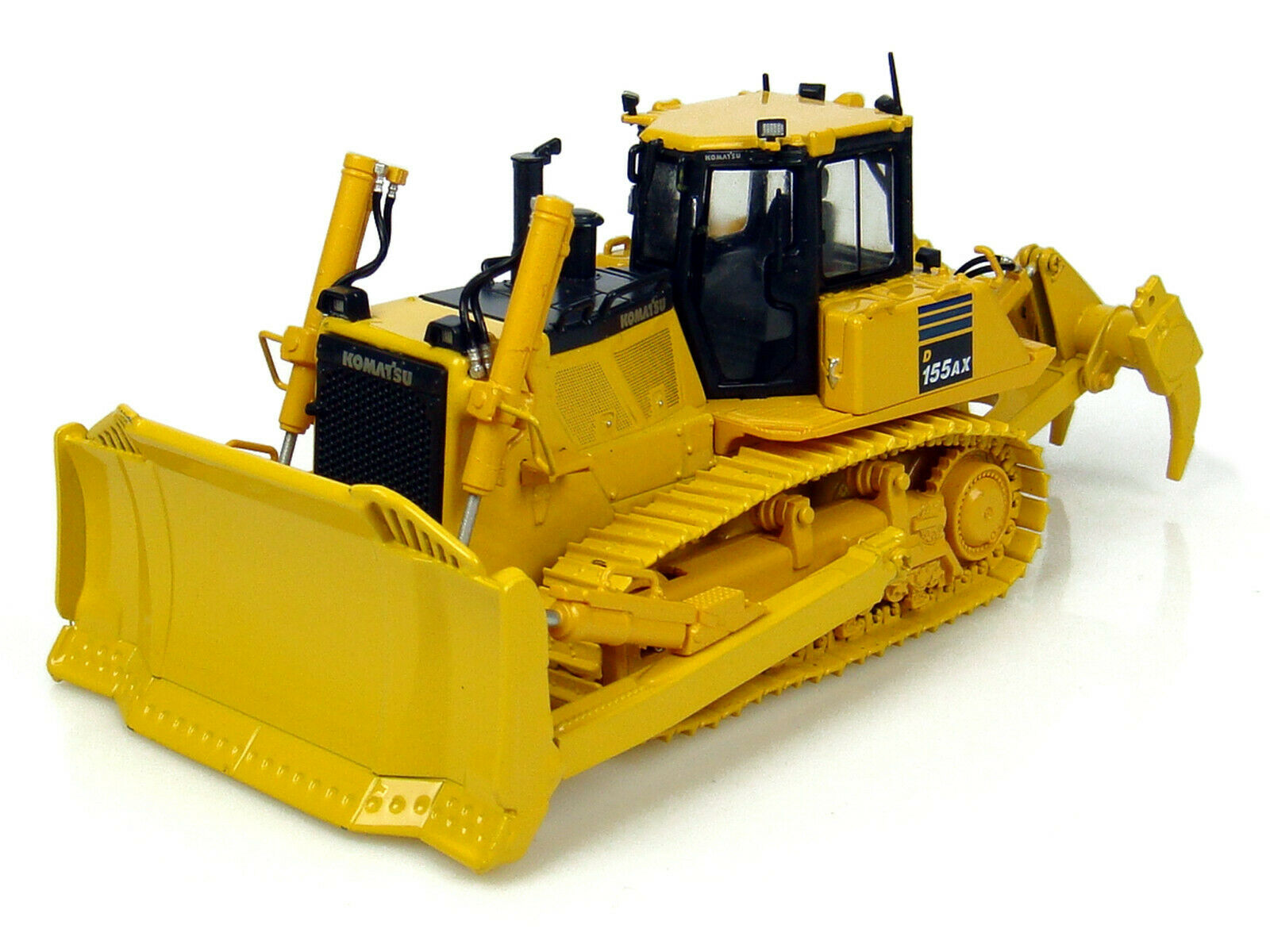 KOMATSU  D 155 AX-7 DOZER W RIPPER 1 50 DIECAST MODEL BY UNIVERSAL HOBBIES UH8010  profitez de 50% de réduction