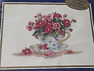 Teacup Of Begonias Bucilla Embroidery Sealed Kit 42271 Stamped Crewel 7 x 5 Gold