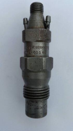 Bosch  Injektor Einspritzdüse Mercedes W123 300D OM617