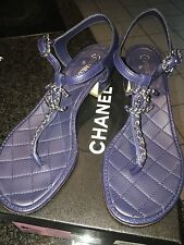 $850 Chanel 16CG31 Navy Quilted Lambskin Thong Sandals Silver Chain 38.5/ 8.5 US