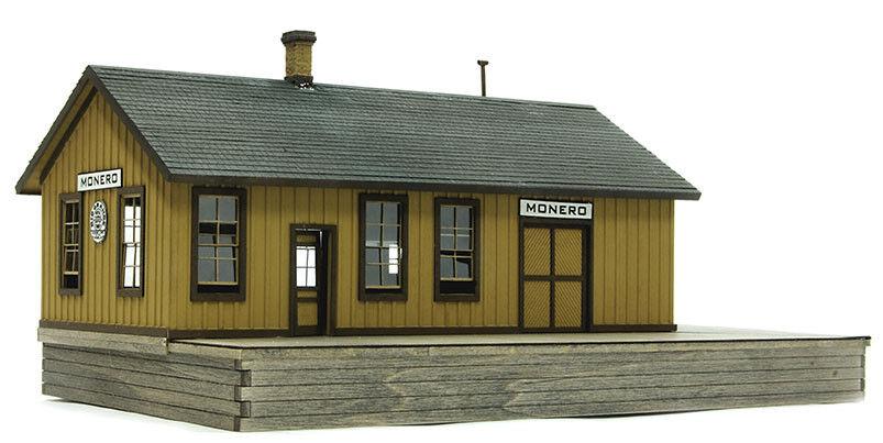 HO SCALE BANTA MODEL WORKS  2137 Monero Depot on the D&RGW