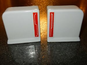 Vintage-Art-Deco-Stoneware-Salt-and-Pepper-Shakers-White-amp-Red