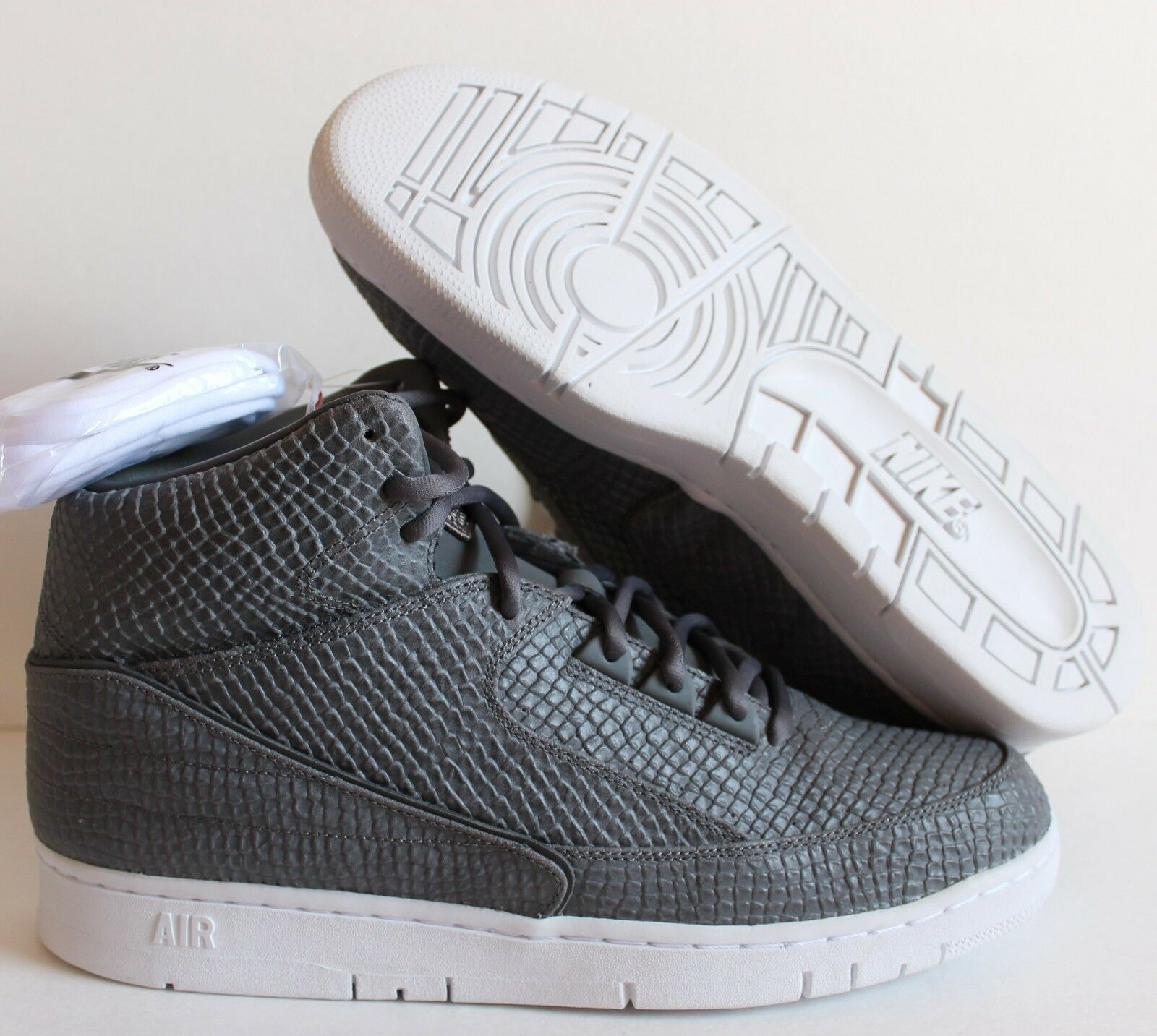 NIKE Uomo AIR PYTHON SP SNAKESKIN COOL GREY-WHITE SZ 12.5 [658394-001]