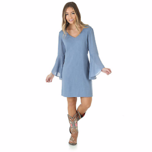0f5051860911f WRANGLER Women s Blue V-Cut Flutter Sleeve Dress LWD307B NWT