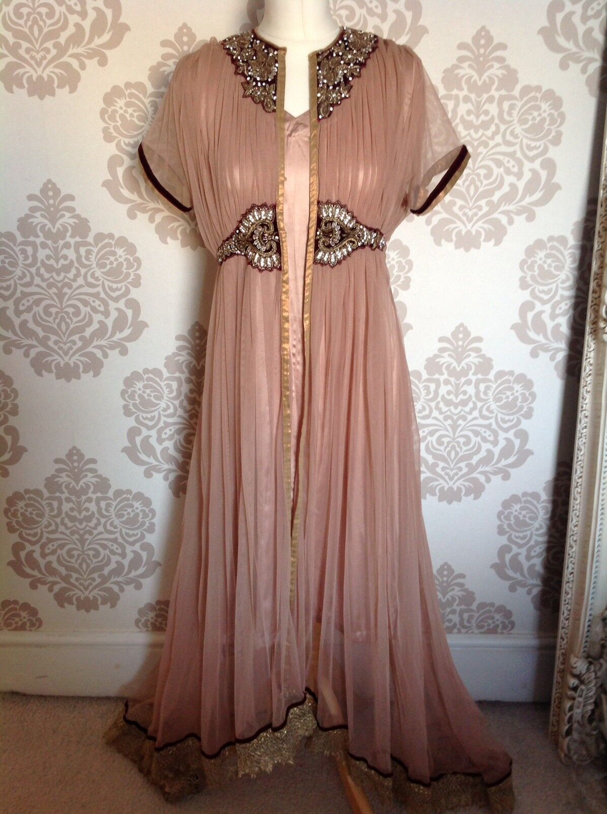 Ladies Asian Wedding Outfit Size 10-12