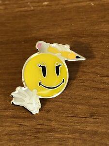 Rare Walmart Lapel Pin Retro Rollback Smiley Girl With Pencil Wal