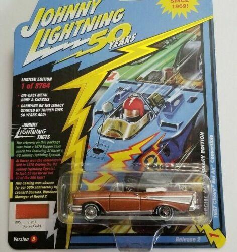 1957 Chevrolet Bel Air Cabrio  GOLD *RR* Johnny Lightning Anniversary 1:64