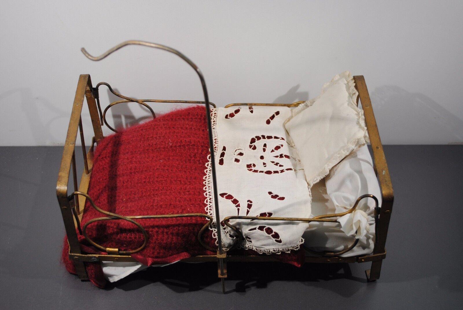 Ancien Lit pliant en métal avec perche ciel de lit pour poupée Mobilier Poupon