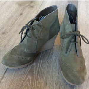 Mia Raphaella Olive Green Suede Lace Up