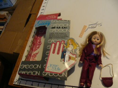 vintage doll in box oo la la Sassonpurple clothes