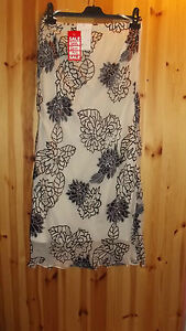 Adini silk mix bias cut fully lined devoree sequin detail leaf burn out skirt S