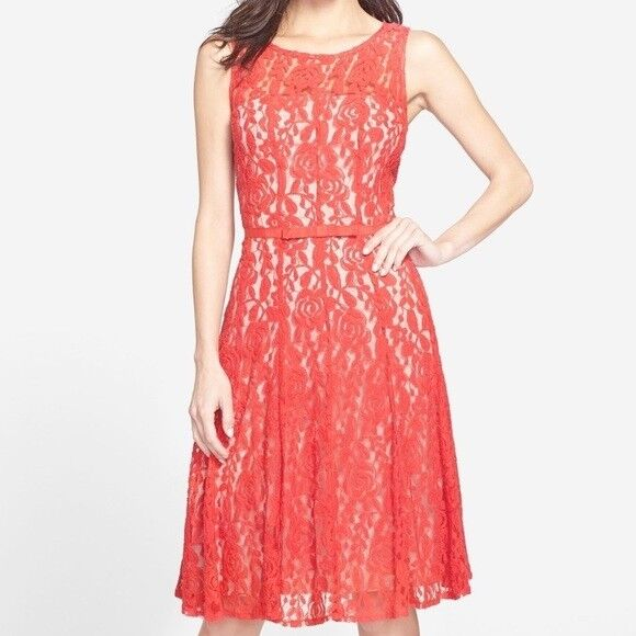 Taylor röd Lace Fit och Flare Dress 10 NWT 148