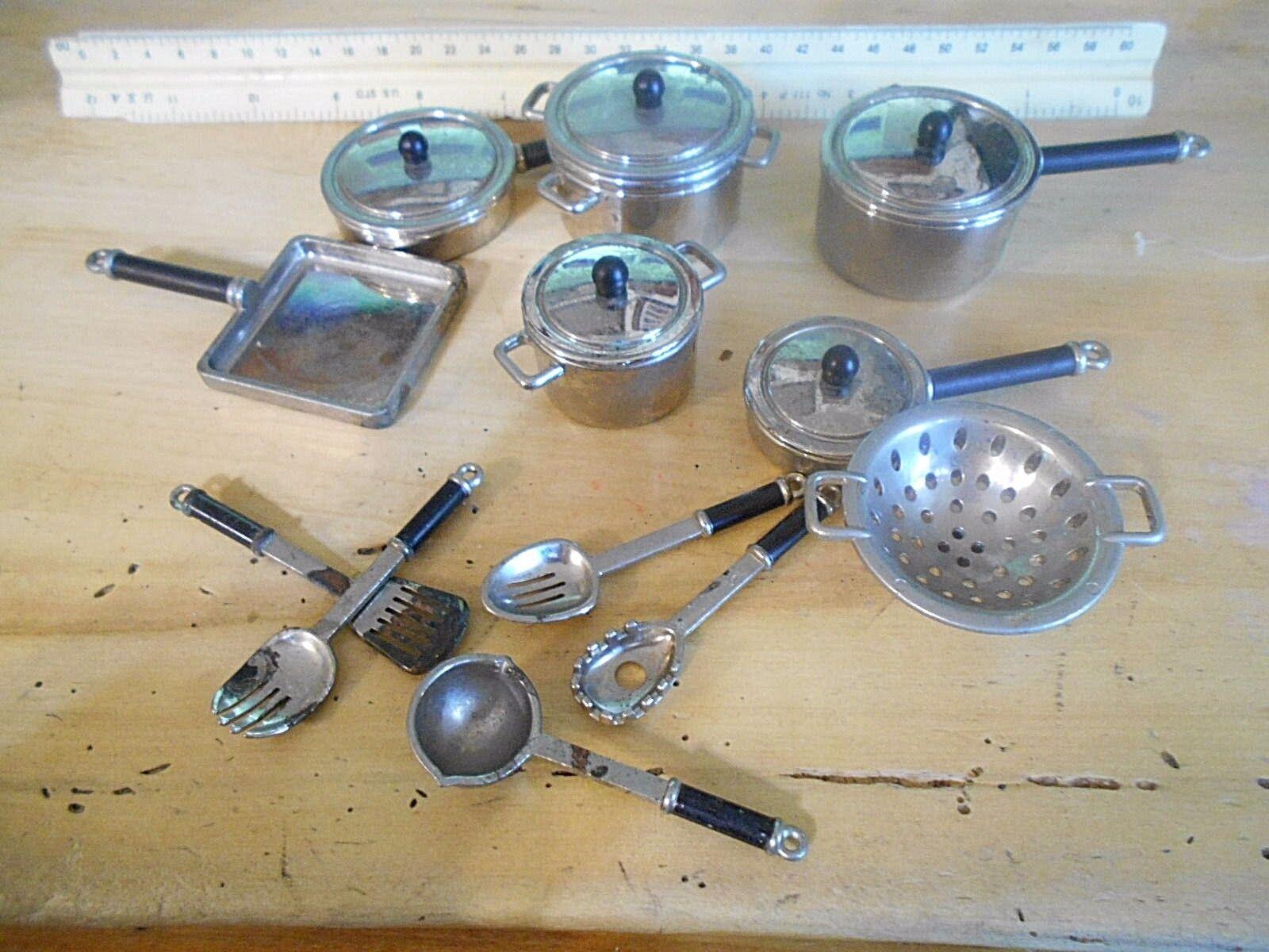 18 piezas vintage muñeca casa utensilios de cocina de calidad pesada agradable