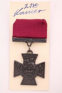 V-C-VICTORIA-CROSS-MILITARY-ARMY-MEDAL-DECORATION-FOR-GALLANTRY-AND-BRAVERY