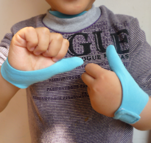 6-7-years-Kids-Cotton-thumb-guards-Healthy-Teethe-Baby-Gloves-Stop-Thumb-Sucking