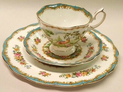 ROYAL ALBERT CHELSEA BIRD BLUE TRIO BONE CHINA ENGLAND SCALLOPED FOOTED
