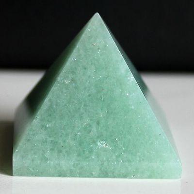 g366  Green aventurine pyramid point healing