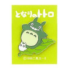 """Studio Ghibli pin badge """"-big Totoro leaves T-27"""