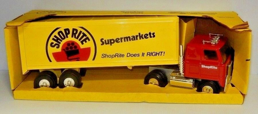VINTAGE ERTL PRESSED STEEL SHOPRITE SUPERMARKETS INTERNATIONAL TRACTOR TRAILER