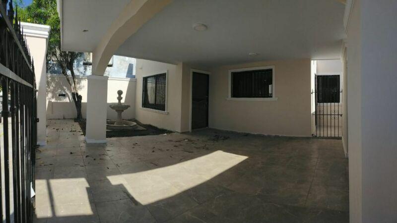 Casa Recién Remodelada