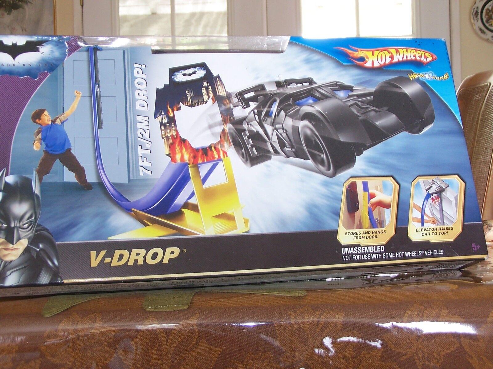 Hot Wheels, El Caballero Oscuro Conjunto de pista de caída V con el Batimóvil Batman caída de 7Ft. en Caja Como Nuevo
