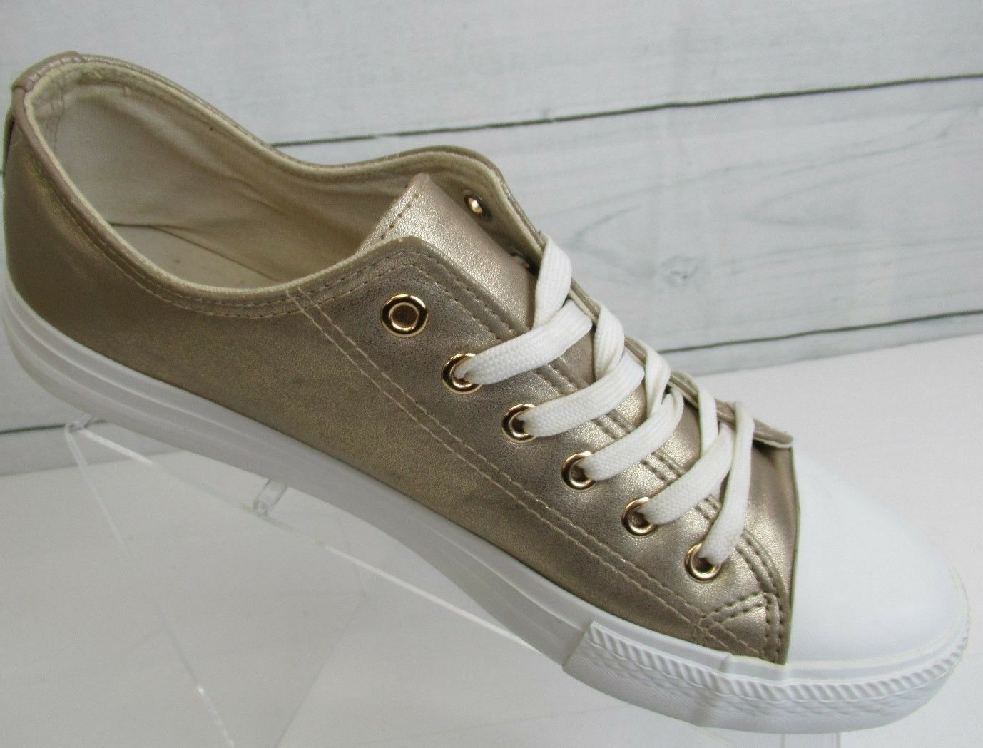Qupid Women NARNIA Capped Toe Lace Up Platform Sneaker Size 9.5