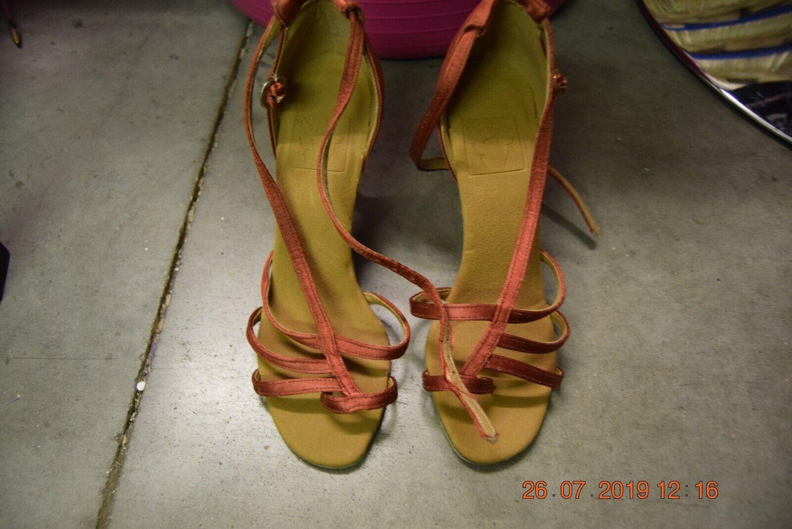Dark Red satin Dancelife ballroom / latin dance shoes - size UK 3.5 (P35)