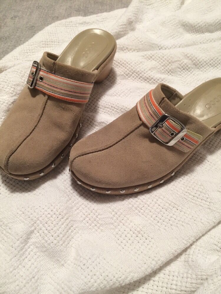 Ecco Tan Suede Leather Studs Clogs Mules with Buckle Studs Leather Women's Sz 7.5M 38 Euro EUC 961b5b