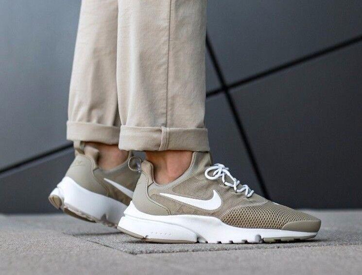 Nike Presto FLY (GS) Jeunes Taille 4.5 37.5 euros (913966 201) kaki/blanc-