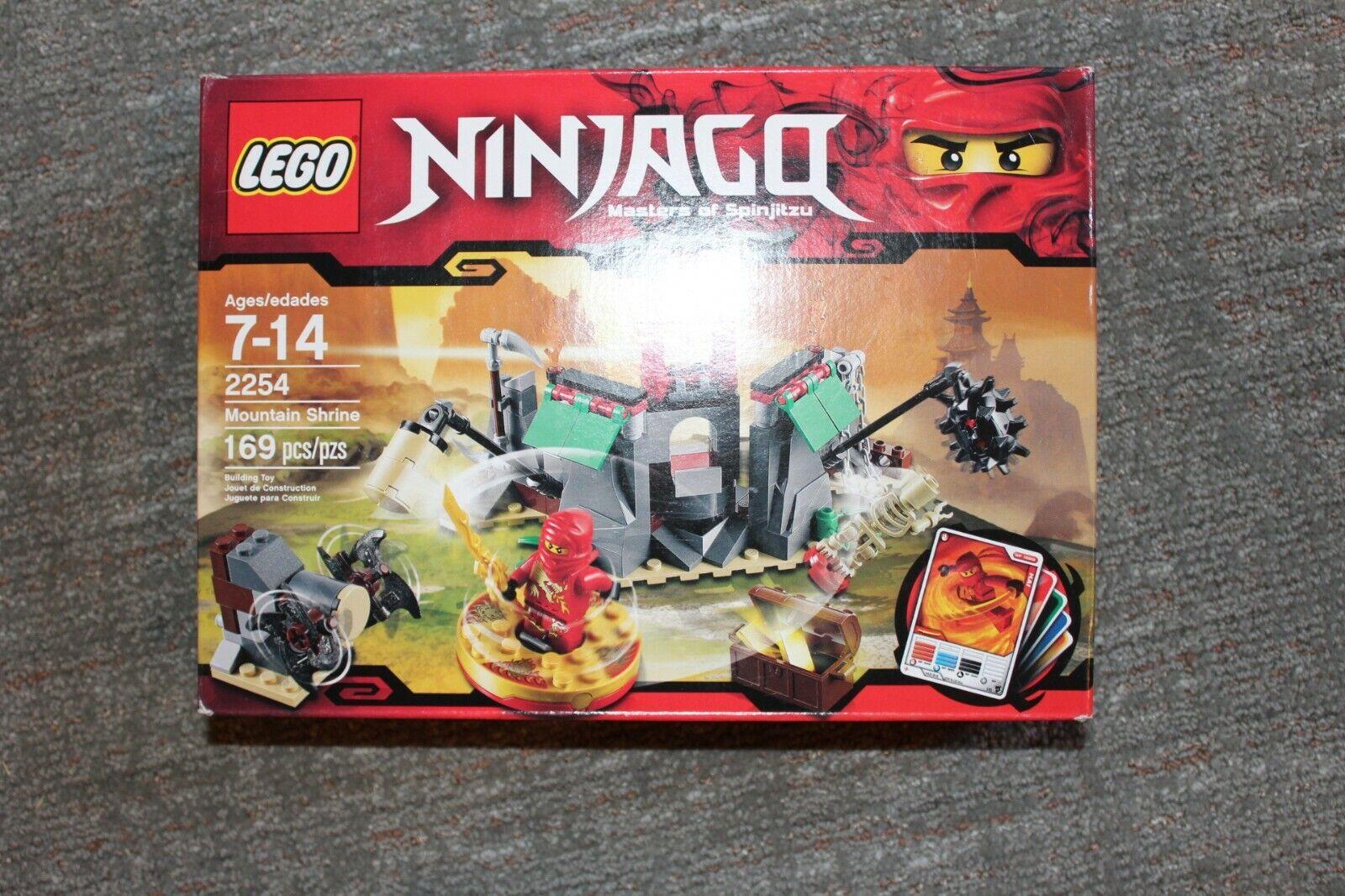 Lego santuario de montaña (2254)
