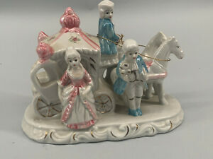 C137-Porcelain-Figurine-Carriage-Rococo-Lustrated-20x10-5x15cm
