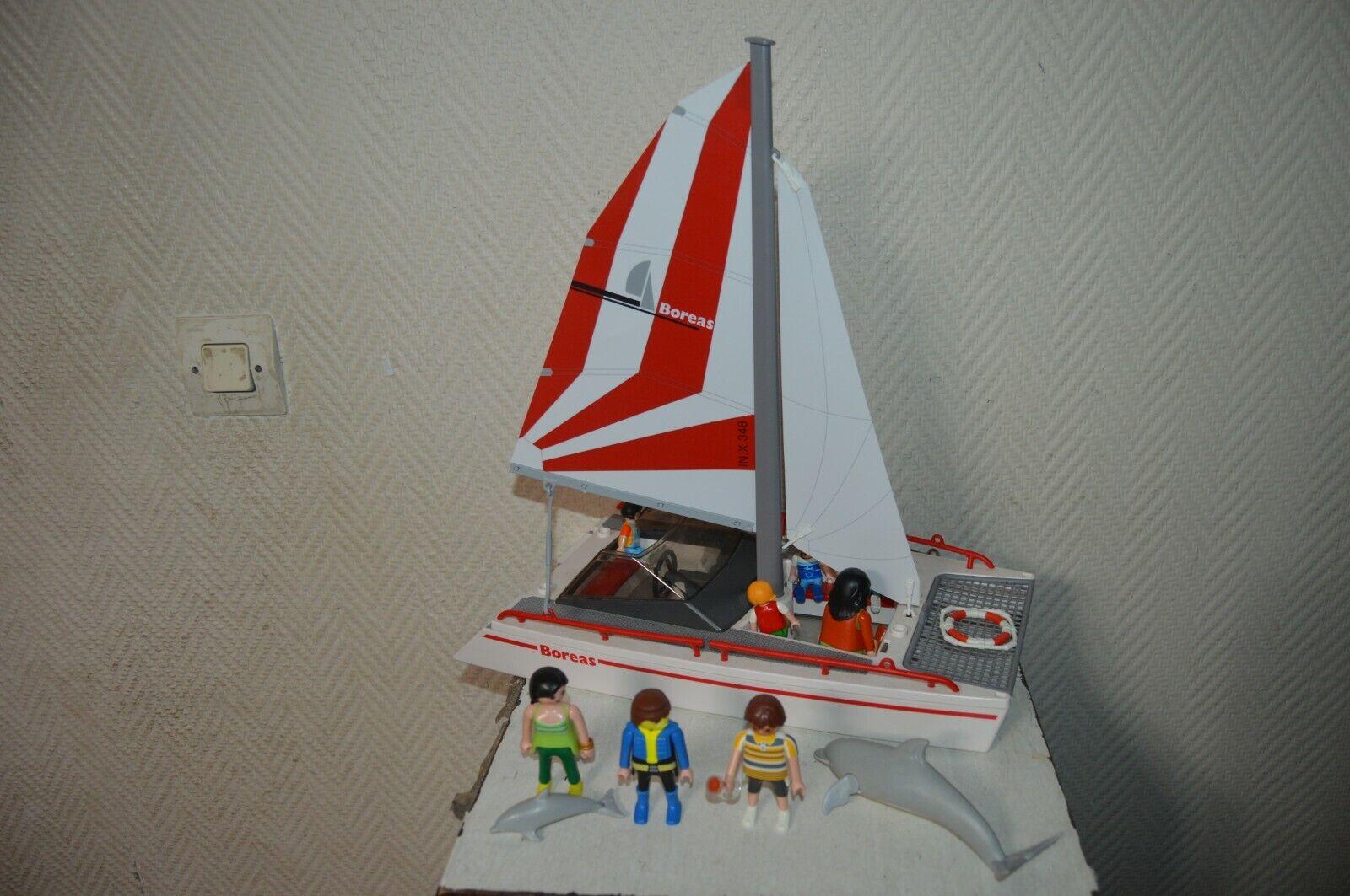 Lote Jugarmobil Barco Catamaran + 8 Personajes y 2 Delfines Barco Race